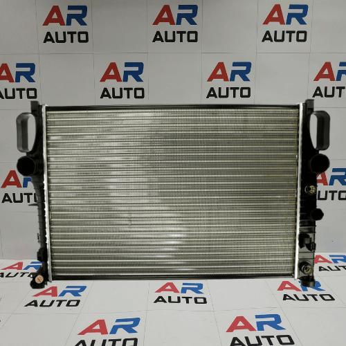 Воден радиатор за MERCEDES W211